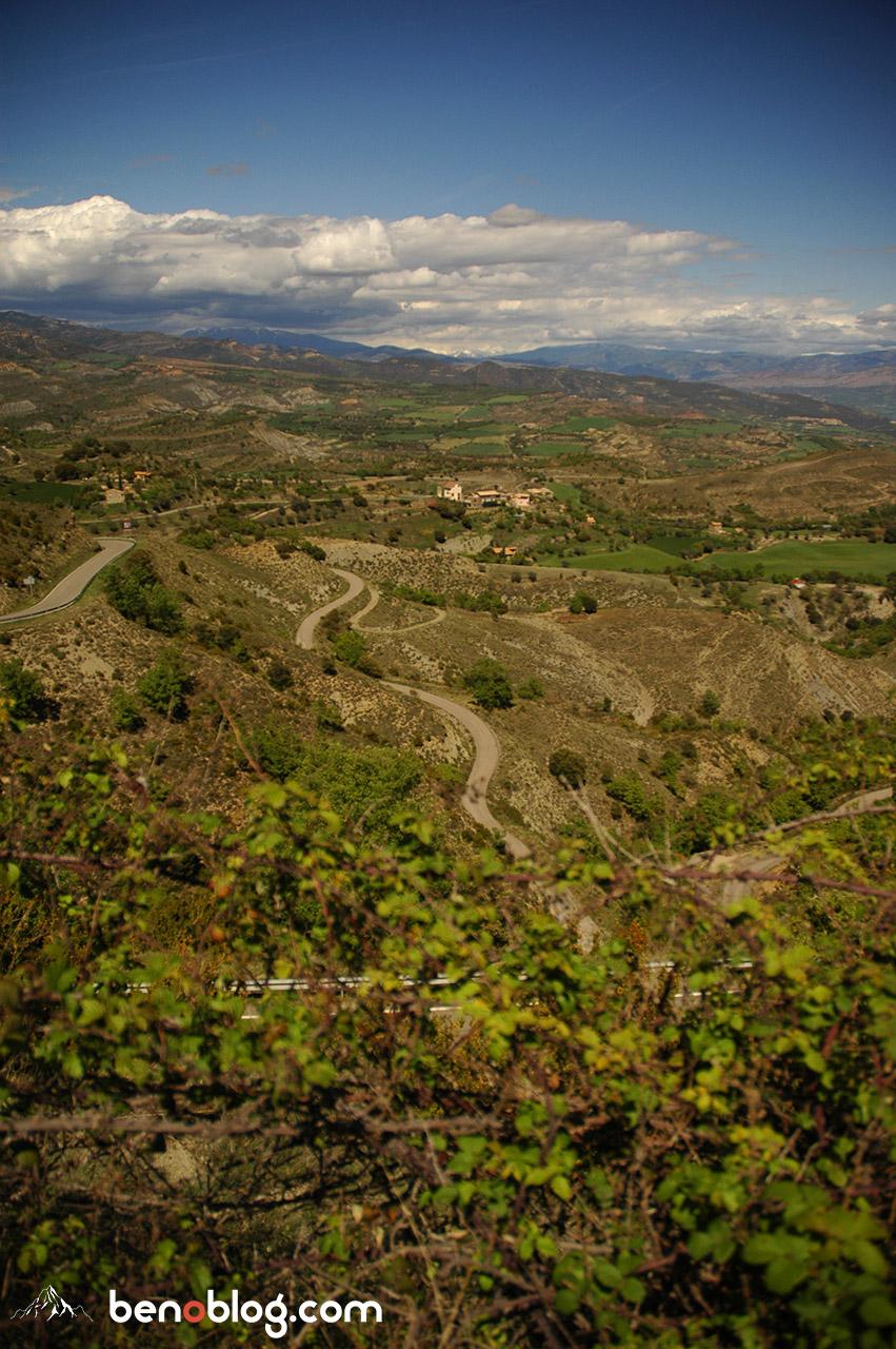 Un col de derrière les fagots, entre Tremp et Puente de la Montañana qu'on va devoir revenir faire à vélo !